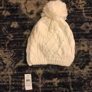 Ann Taylor Factory white knit hat with pearls